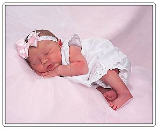 Развитие ребенка. Ребенку 1 месяц.